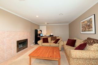 Photo 13: 572 Verona Place in North Vancouver: Upper Delbrook House for sale : MLS®# V945319