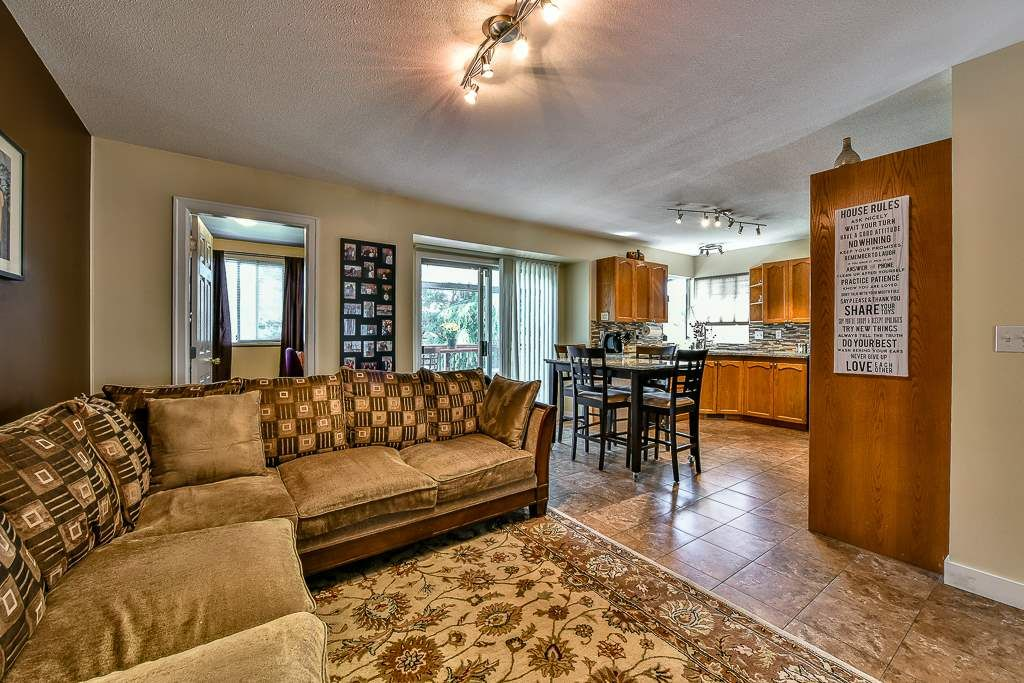 Photo 10: Photos: 15727 81A Avenue in Surrey: Fleetwood Tynehead House for sale : MLS®# R2074657