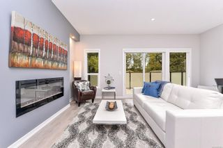 Photo 5: 104 684 Hoylake Ave in : La Thetis Heights Row/Townhouse for sale (Langford)  : MLS®# 855891