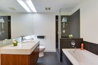 """Photo 12: 603 33 W PENDER Street in Vancouver: Downtown VW Condo for sale in """"33 Living"""" (Vancouver West)  : MLS®# R2616377"""