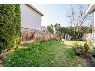 """Photo 30: 13 33900 MAYFAIR Avenue in Abbotsford: Central Abbotsford Townhouse for sale in """"Mayfair Gardens"""" : MLS®# R2563828"""