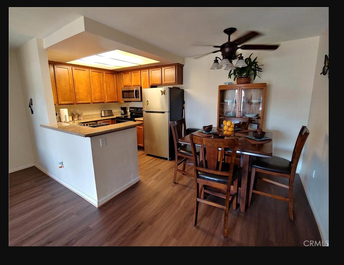 Main Photo: Condo  : 1 bedrooms : 432 Edgehill Lane #45 in Oceanside