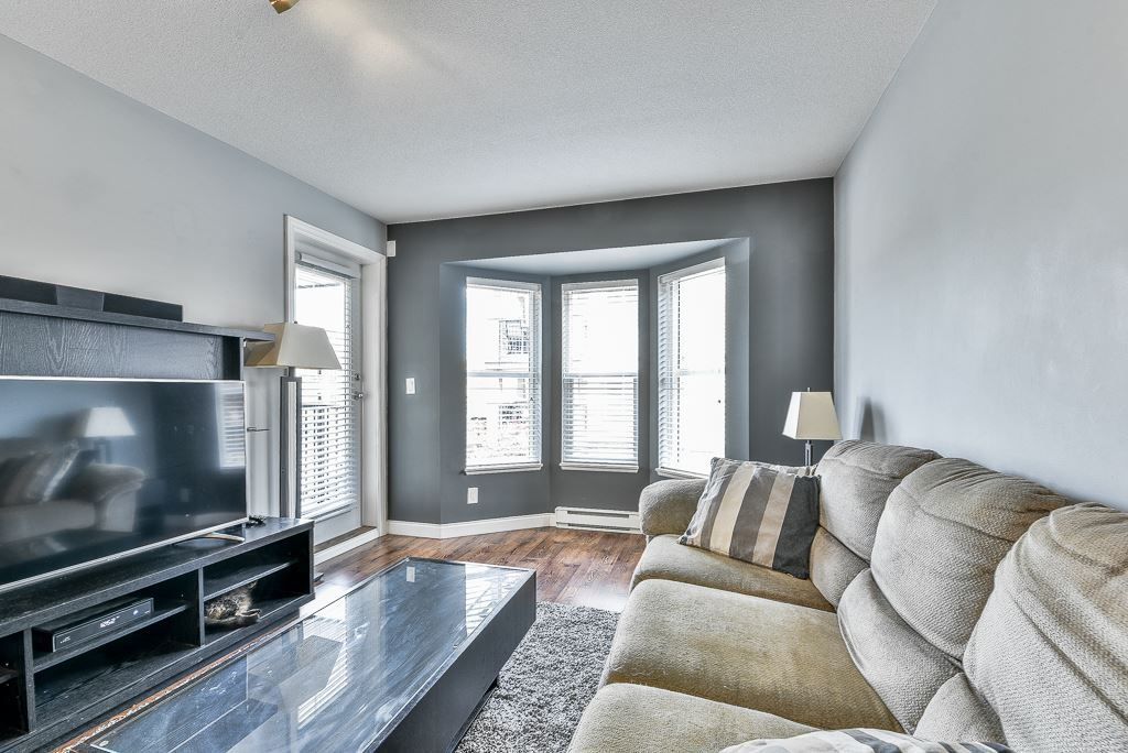 """Photo 14: Photos: 210 5474 198 Street in Langley: Langley City Condo for sale in """"Southbrook"""" : MLS®# R2285967"""