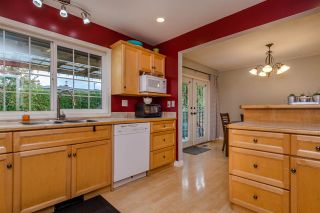 Photo 3: 33319 HOLLAND Avenue in Abbotsford: Central Abbotsford House for sale : MLS®# R2214006