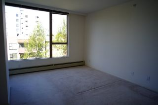 """Photo 5: 503 2108 W 38TH Avenue in Vancouver: Kerrisdale Condo for sale in """"The Wilshire"""" (Vancouver West)  : MLS®# R2058864"""