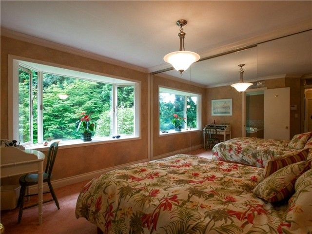 Photo 6: Photos: 811 E KINGS ROAD in North Vancouver: Princess Park House for sale : MLS®# V968826