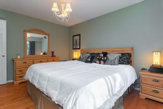 """Photo 18: 20358 41A Avenue in Langley: Brookswood Langley House for sale in """"Brookswood"""" : MLS®# R2464569"""