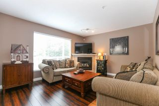 "Photo 2: 25 6513 200 Street in Langley: Willoughby Heights Townhouse for sale in ""LOGAN CREEK"" : MLS®# R2397754"
