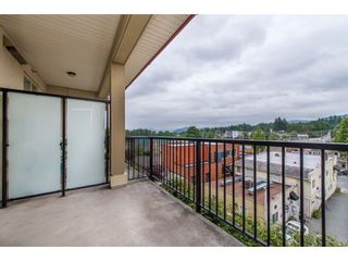 """Photo 20: 209 2632 PAULINE Street in Abbotsford: Central Abbotsford Condo for sale in """"Yale Crossing"""" : MLS®# R2380897"""
