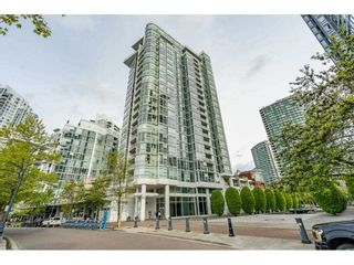 "Photo 1: 607 1077 MARINASIDE Crescent in Vancouver: Yaletown Condo for sale in ""Marinaside Resort"" (Vancouver West)  : MLS®# R2573754"