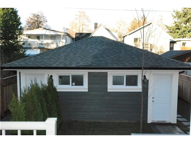 Photo 18: Photos: 755 E 11TH AV in Vancouver: Mount Pleasant VE 1/2 Duplex for sale (Vancouver East)  : MLS®# V1027526