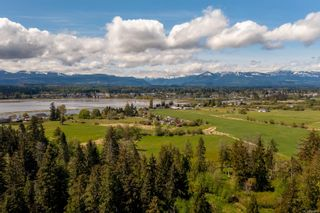 Main Photo: 2991 Back Rd in : CV Courtenay City House for sale (Comox Valley)  : MLS®# 884432