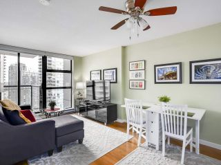 """Photo 4: 1907 1295 RICHARDS Street in Vancouver: Downtown VW Condo for sale in """"THE OSCAR"""" (Vancouver West)  : MLS®# R2539042"""