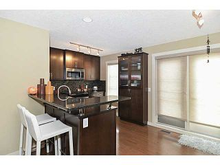 Photo 6: 30 ASPEN HILLS Green SW in : Aspen Woods Townhouse for sale (Calgary)  : MLS®# C3575868