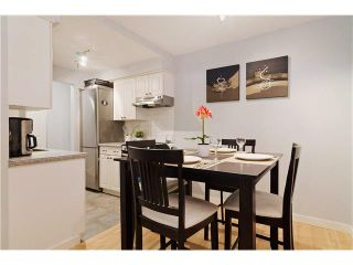 """Photo 4: 103 312 CARNARVON Street in New Westminster: Downtown NW Condo for sale in """"CARNARVON TERRACE"""" : MLS®# V1120708"""