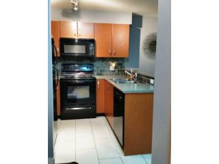 """Photo 5: 308 20750 DUNCAN Way in Langley: Langley City Condo for sale in """"FAIRFIELD LANE"""" : MLS®# R2022979"""