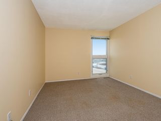 Photo 19: 22 6440 4 Street NW in Calgary: Thorncliffe Row/Townhouse for sale : MLS®# A1101798