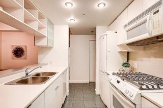 """Photo 15: 3703 928 BEATTY Street in Vancouver: Yaletown Condo for sale in """"THE MAX"""" (Vancouver West)  : MLS®# R2566560"""