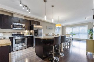"""Photo 5: 307 20630 DOUGLAS Crescent in Langley: Langley City Condo for sale in """"BLU"""" : MLS®# R2539447"""
