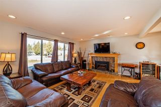 """Photo 2: 7466 LARK Street in Mission: Mission BC House for sale in """"Superstore/ Easy Lougheed Hwy Access"""" : MLS®# R2351956"""