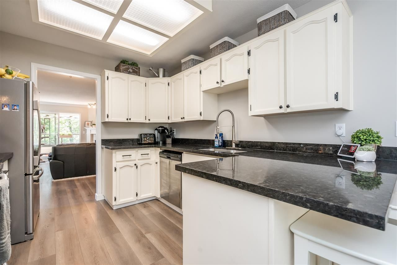 """Photo 4: Photos: 506 11726 225 Street in Maple Ridge: East Central Townhouse for sale in """"Royal Terrace"""" : MLS®# R2459104"""