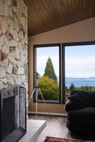 Photo 11: 8846 Forest Park Dr in : NS Dean Park House for sale (North Saanich)  : MLS®# 861394