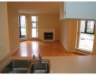 "Photo 4: 415 1080 PACIFIC Street in Vancouver: West End VW Condo for sale in ""CALIFORNIAN"" (Vancouver West)  : MLS®# V812195"