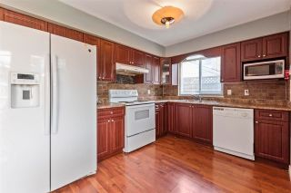 Photo 3: 7365 129 Street in Surrey: West Newton House for sale : MLS®# R2579035