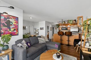 """Photo 6: 708 1495 RICHARDS Street in Vancouver: Yaletown Condo for sale in """"AZURA II"""" (Vancouver West)  : MLS®# R2606162"""