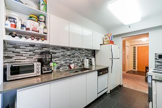 Photo 4: 902 3061 E KENT NORTH AVENUE in Vancouver: Fraserview VE Condo for sale (Vancouver East)  : MLS®# R2330993
