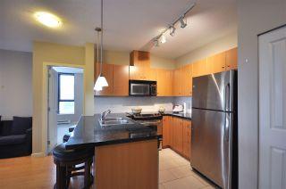 Photo 2: 1702 511 ROCHESTER AVENUE in Coquitlam: Coquitlam West Condo for sale : MLS®# R2453972