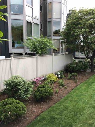 """Photo 17: 207 2238 ETON Street in Vancouver: Hastings Condo for sale in """"ETON HEIGHTS"""" (Vancouver East)  : MLS®# R2454959"""