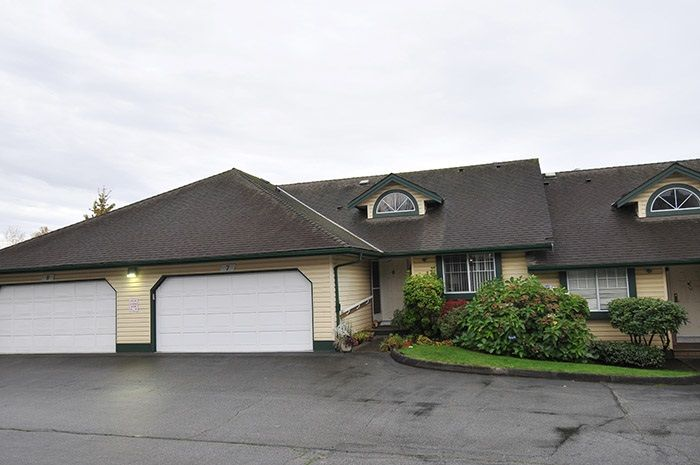 """Main Photo: 7 22538 116 Avenue in Maple Ridge: East Central Townhouse for sale in """"FRASERVIEW VILLAGE"""" : MLS®# R2121515"""