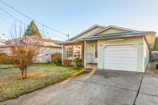 Photo 2: 9520 CARROLL Street in Chilliwack: Chilliwack N Yale-Well House for sale : MLS®# R2520952