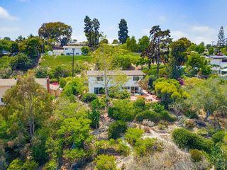 Photo 4: LA JOLLA House for sale : 4 bedrooms : 5897 Desert View Dr