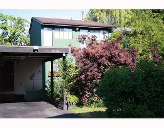 Photo 10: 3026 MAPLEBROOK Place in Coquitlam: Meadow Brook 1/2 Duplex for sale : MLS®# V716673