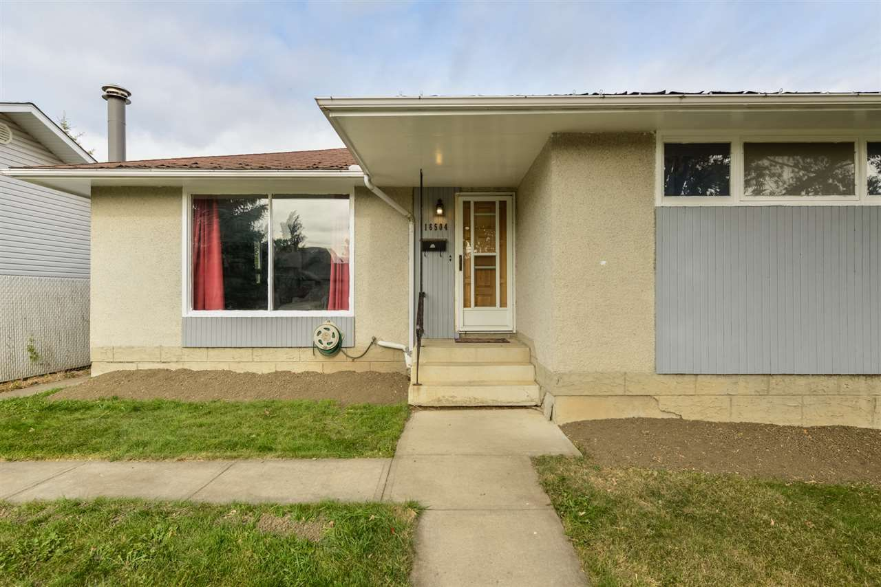 Main Photo:  in Edmonton: Zone 22 House for sale : MLS®# E4215984