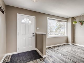 Photo 8: 380 2211 19 Street NE in Calgary: Vista Heights Row/Townhouse for sale : MLS®# A1101088