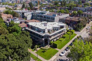 """Photo 34: 206 1988 MAPLE Street in Vancouver: Kitsilano Condo for sale in """"The Maples"""" (Vancouver West)  : MLS®# R2588071"""