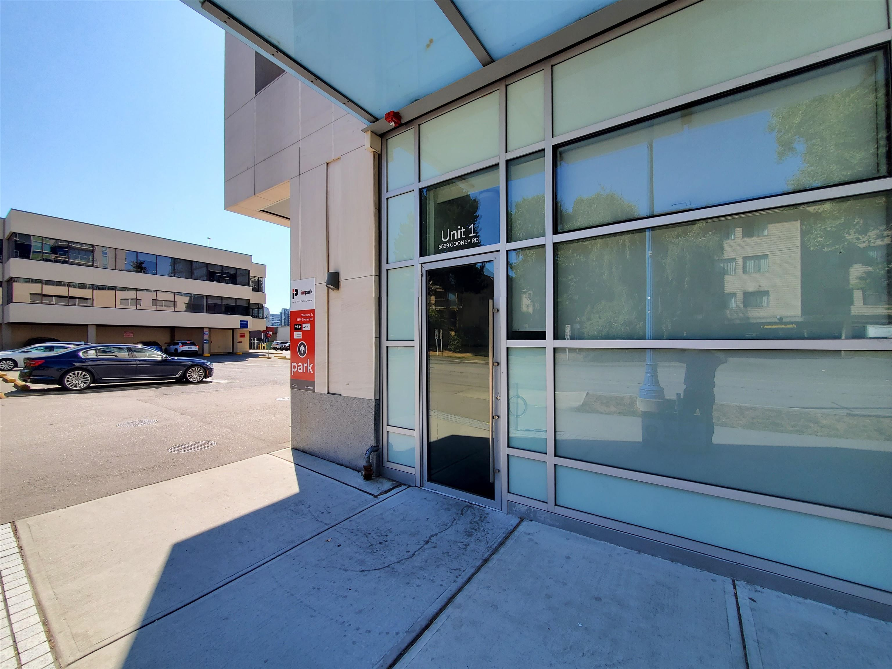 Main Photo: 1 5599 COONEY Road in Richmond: Brighouse Office for lease : MLS®# C8040021