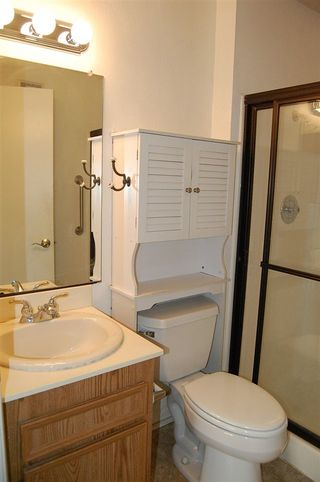 Photo 10: SAN DIEGO Condo for sale : 1 bedrooms : 6650 Amherst St #12A