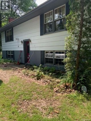 Photo 5: 39 Lawrence Road in St. Stephen: House for sale : MLS®# NB061915