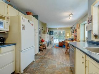 Photo 12: 1017 Scottswood Lane in VICTORIA: SE Broadmead House for sale (Saanich East)  : MLS®# 806228