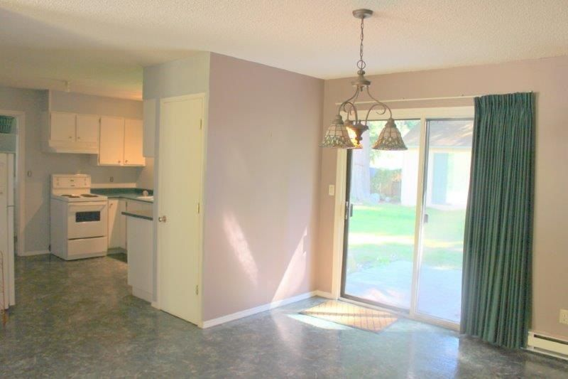 Photo 4: Photos: 1103 MALAVIEW Road in Gibsons: Gibsons & Area House for sale (Sunshine Coast)  : MLS®# R2206512