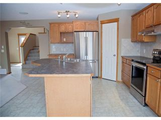 Photo 8: 121 CRANFIELD Green SE in Calgary: Cranston House for sale : MLS®# C4105513