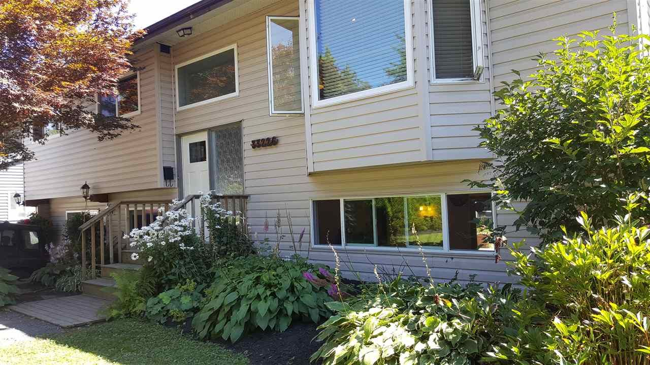 Main Photo: 33226 HAWTHORNE Avenue in Mission: Mission BC House for sale : MLS®# R2123585