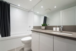 """Photo 13: 3101 5883 BARKER Avenue in Burnaby: Metrotown Condo for sale in """"ALDYNNE ON THE PARK"""" (Burnaby South)  : MLS®# R2372659"""