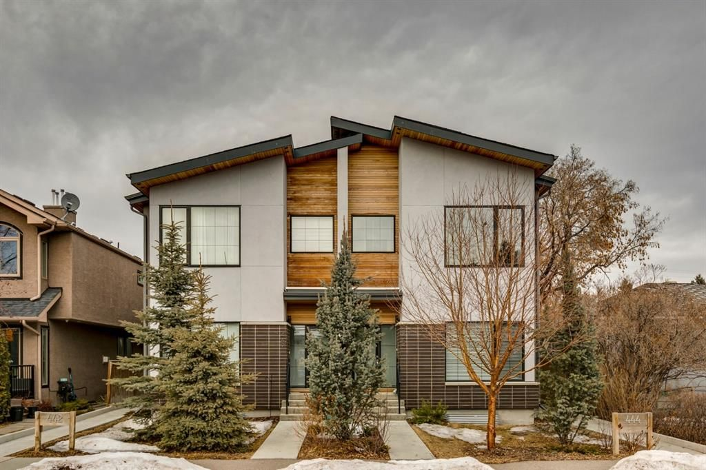 Main Photo: 1 444 20 Avenue NE in Calgary: Winston Heights/Mountview Row/Townhouse for sale : MLS®# A1076448