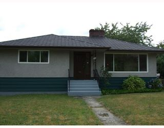 Photo 1: 284 HART Street in Coquitlam: Coquitlam West House for sale : MLS®# V775665