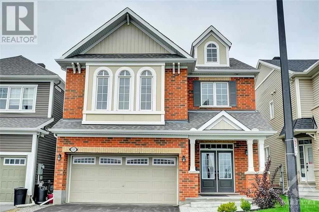 Main Photo: 137 FLOWING CREEK CIRCLE in Ottawa: House for sale : MLS®# 1265124